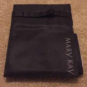 Mary Kay NWOT make up organizer